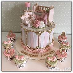 Beautiful cake design!! Love all the gorgeous details + sleeping baby!! By @cake._.art  Pic via @ideiasdebolosefestas #cake #cakedesign #babyshower #babybliss #glambaby #nurseryroom #birthday #babygirl #storybookbliss #feature #prettyinpink