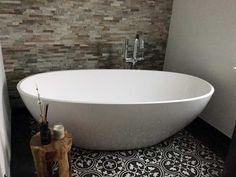 Freistehende Badewanne Piemont #baedermax #badewanne #badezimmer #badideen  Badezimmer Ideen! Badezimmer mit der freistehenden Badewanne Piemont Viele weitere Ideen auf http://ift.tt/2sJUdlQ