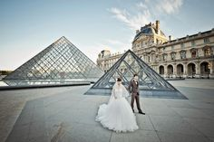 Joanne and Kenneth's pre-wedding in Paris is featured in Celebrate's e-magazine. Photographed by Bryan Jean Photography.