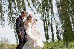 romantic wedding photography  www.melissatroyan.com