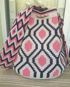 Our order is ready for delivery, be used in good days - Woman Fashion Online Crochet Chart, Love Crochet, Filet Crochet, Knit Crochet, Crochet Handbags, Crochet Purses, Mochila Crochet, Tapestry Crochet Patterns, Bag Pattern Free