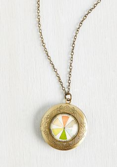Couleur, Calm, and Collected Necklace. Wearing this antiqued gold necklace always puts you at ease. #multi #modcloth