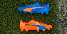 The left boot is blue, the right boot is orange. The new Puma evoSPEED SL 2015-2016 Tricks Cleats bring back the bold design of the Puma 2014 World Cup Boots.