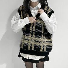 Korean Fashion Dress, Korean Outfits, Korean Clothes, Teen Fashion Outfits, Casual Outfits, Casual Clothes, Pretty Outfits, Cute Outfits, Korean Skirt