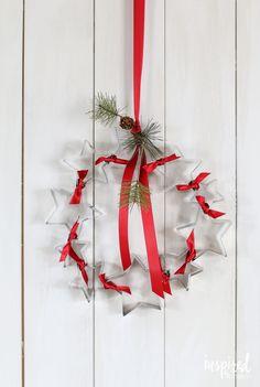 DIY Cookie Cutter Wreath