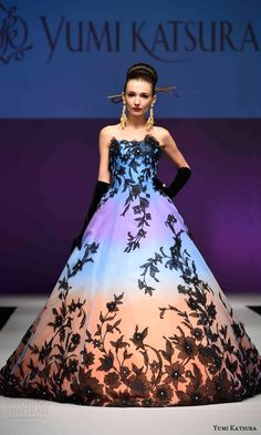 yumi katsura bridal fall 2016 haute couture golden harvest collection strapless gradient ombre dress black lace ball gown