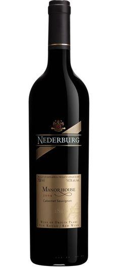 Nederburg Manor House Cabernet-Sauvignon: idéal pour un T-bones au cari rouge. #grillades #BBQ Cabernet Sauvignon, Alcohol, Roses, Wine, Drinks, Bottle, Red Wines, Grilling, Rubbing Alcohol