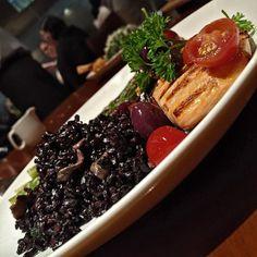 Dica para o seu feriado começar BEM leve. Uma das novidades do Restaurante América. 😋😋.