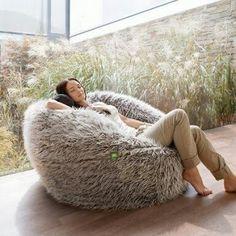 Find This Pin And More On Home By Ozkrurrutia See Vetsak Flokati Zitzak Faux Fur Bean BagBeanbag ChairBean