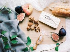 Entertain: Fig Summer Tartlets via Magnolia Rouge