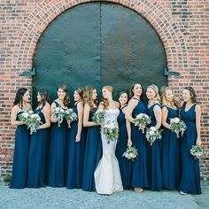 Need to mix-and-match for 10 bridesmaids? The wedding party above is in Bari Jay Styles 1500, 1566, and 1553. Create this look for your girls at barijay.com!  by @jessalovelight.