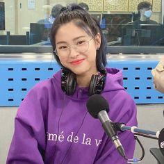 discovered by lost on We Heart It Kpop Girl Groups, Korean Girl Groups, Kpop Girls, Bae, Programa Musical, Homo, New Girl, K Idols, South Korean Girls