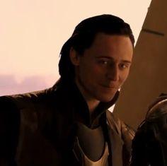 Tom Hiddleston, Loki. ;)