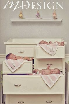 I would have triplets just for this photo op-seriously the cutest thing I've ever seen!
