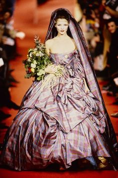 Andreas Kronthaler for Vivienne Westwood Fall 1993 Ready-to-Wear Collection Photos - Vogue