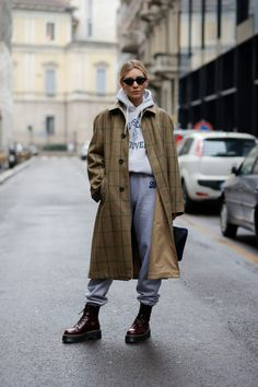 Rustic Women Streetwear Outfits Ideas That Trending Now - Most adults these days , when they think of urban street wear sometimes make the mistake of confusing it with hip-hop wear, but they are really two di. Streetwear Mode, Streetwear Fashion, Streetwear Clothing, Normcore Fashion, Look Fashion, Winter Fashion, Fashion Outfits, Catwalk Fashion, Street Fashion