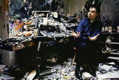 Francis Bacon by Ian Berry 1967 London. Artist Life, Artist At Work, Francis Bacon Studio, Ian Berry, Painters Studio, Magnum Photos, Famous Artists, Art Studios, Installation Art