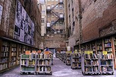 Fly to Boston Go to Brattle Book Shop (thanks to Joan K.)  I'm not sure this outdoor part of Brattle Book Shop is open in Ma. Taipei, I Love Books, New Books, The Library Of Babel, Street Library, Rome, Coffee And Books, Space Architecture, In Boston