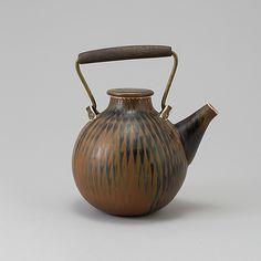 STIG LINDBERG, Gustavsberg Studio. Stig Lindberg, My Cup Of Tea, Ceramic Design, Vintage Ceramic, Scandinavian Design, Sweden, Designer, Tea Pots, Neutral