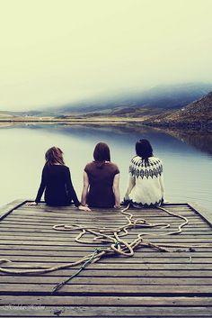 Felicidad es disfrutar de lo más esperado de un viaje, con tus mejores amigas.  #Islandia #Iceland
