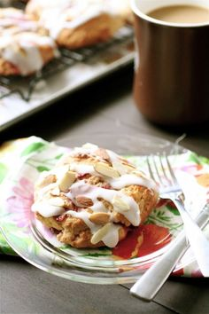 Buttermilk, strawberry, almond - scones in perfectly summer recipe