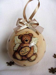 décorer une boule avec serviette en papier