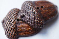 .wooden acorn buttons