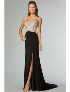 Fantastic Full Beaded Tulle Bodice Backless Sexy Prom Dress Court Train Black Evening Dress