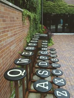 For font and typewriter fans, creative outdoor public seating. Street Furniture, Public Art, Urban Design, Set Design, Urban Art, Urban Street Art, Graffiti, Cool Stuff, Outdoor Decor