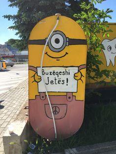 Minion streetart Kosovo