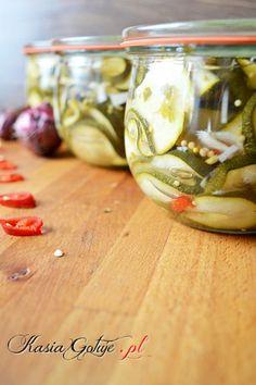przetwory z cukinii na zimę Polish Recipes, Earthenware, Preserves, Pickles, Cucumber, Pantry, Wine Glass, Chili, Canning
