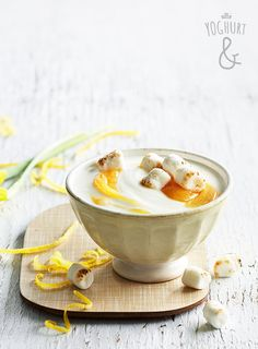 Appelsin couslis & Marshmallows - Se flere spennende yoghurtvarianter på yoghurt.no - Et inspirasjonsmagasin for yoghurt.