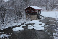 Sheg Manitoulin Island Manitoulin Island, Beautiful Places, Batman, House Styles, Winter, Winter Time, Winter Fashion