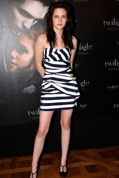 """""""Twilight"""" Photocall in Paris, December 2008 in Camilla & Marc and an awesome pair of Chanel T-Strap Pumps"""