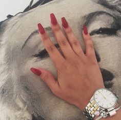 Image de nails and red