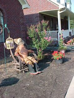 Clay Pot People - Garden Junk Forum - GardenWeb