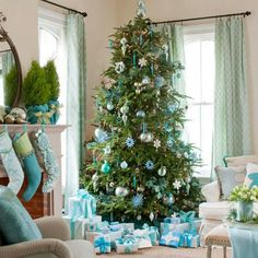 Love the blue and green for Christmas.