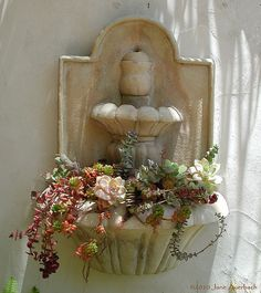 Succulent fountain | This wall-hung fountain was intended as… | Flickr - Photo Sharing!