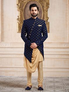 Indo western for men, wedding indowestern sherwani shopping, latest Sherwani For Men Wedding, Wedding Dresses Men Indian, Mens Sherwani, Wedding Dress Men, Sherwani Groom, Pakistani Dresses, Mens Indian Wear, Mens Ethnic Wear, Indian Men Fashion
