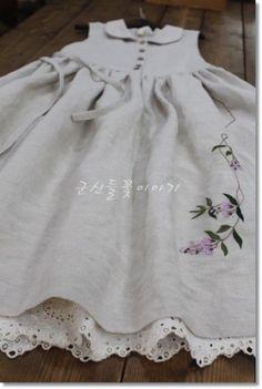 린넨으로 나시 원피스 만들어 예쁜 꽃 한 대~~~ 야생화 자수 수강안내...군산 들꽃이야기야생화 자수같이 ...