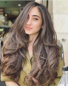 Look at her hair! Good Woman, Pretty Woman, Idf Women, Military Women, Israeli Girls, Military Girl, Female Soldier, Amazing Women, Hair Beauty