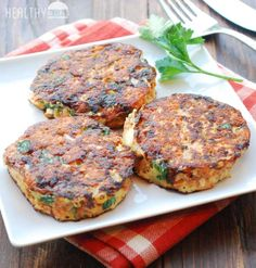 Salmon Cakes | Healthy Recipes Blog  #salmon #healthy Healthy Food Blogs, Healthy Gluten Free Recipes, Healthy Snacks, Healthy Eating, Salmon Recipes, Fish Recipes, Seafood Recipes, Cooking Recipes, Fish Cakes Recipe