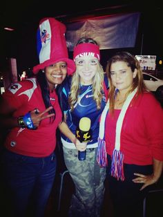 Con Betina (LA CASCARA) y mi amiga Kony