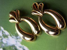 Vintage Gold Tone Articulated Dangle Clip On Earrings 1980s Bold Chunky Door Knocker Style Retro Falcon Crest Dynasty by…