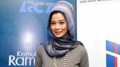 Empat Anaknya 'kompak' Sakit Cacar Saat Ramadhan, Jihan Fahira kepikiran - http://wp.me/p70qx9-2CN