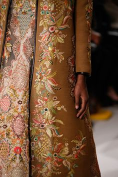 Valentino - Spring 2015 Couture - Look 99 of 150