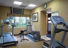 stone walls plus grey wall colour gym ideas pinterest fitnessstudio heim und geplant. Black Bedroom Furniture Sets. Home Design Ideas