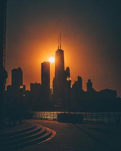 180.8k Followers, 357 Following, 6,274 Posts - See Instagram photos and videos from Chicago (@choosechicago)