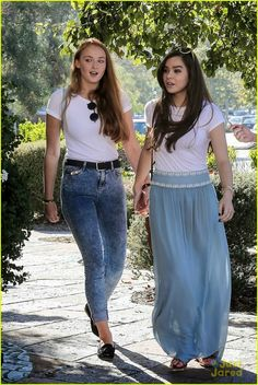 Hailee Steinfeld and Game Of Thrones actress Sophie Turner step out hand in hand for ice cream treat in Malibu.