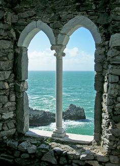 | Porto Venere | #Liguria | Scorcio sul #mare |  http://www.volamondo.it/offerte